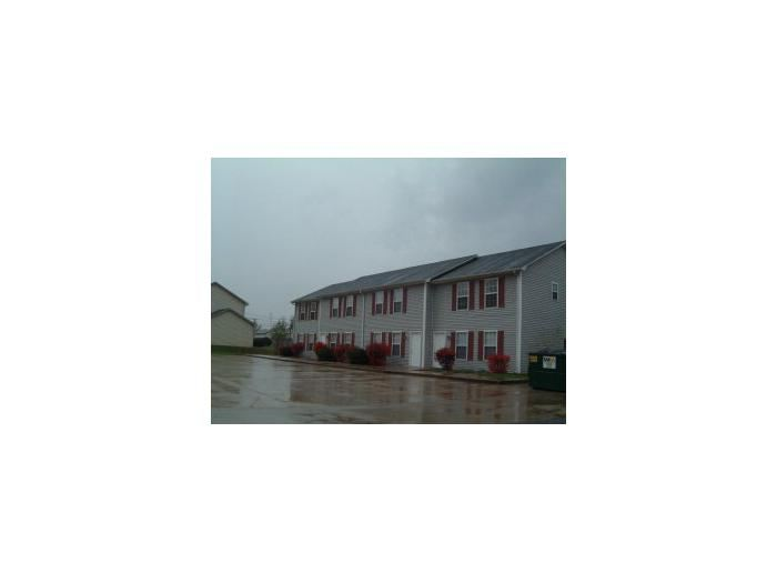 2927 S Wilson Rd, Radcliff, KY - $700