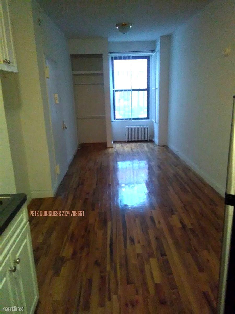 237 W 18th St, New York, NY - $2,150