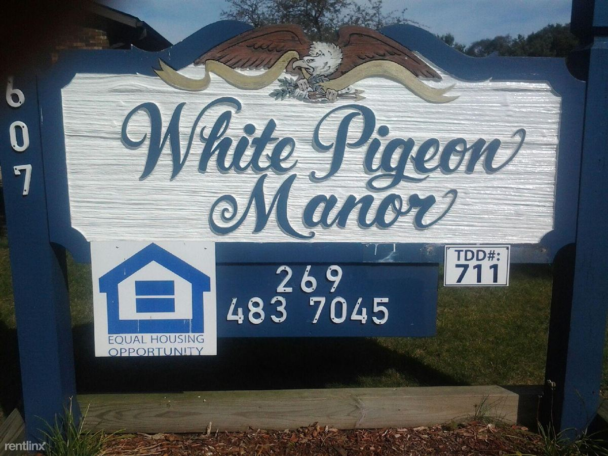 607 E Chicago Rd, White Pigeon, MI - $495