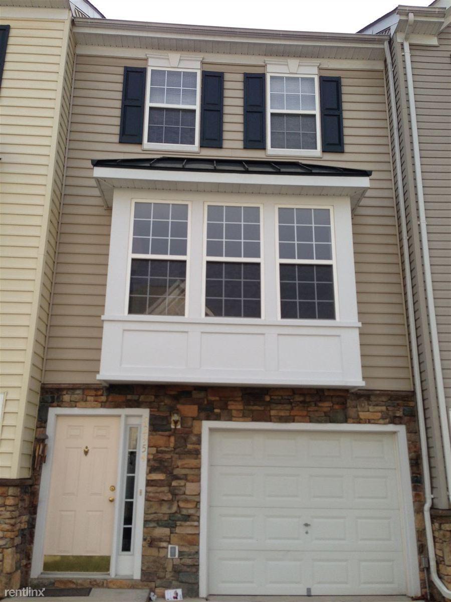22954 Fontwell Sq, Sterling, VA - $1,900