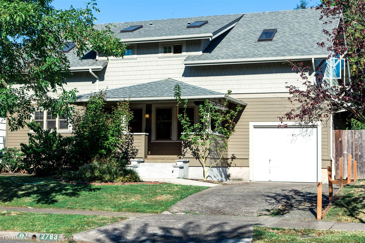 2783 Harris St, Eugene, OR - $3,700