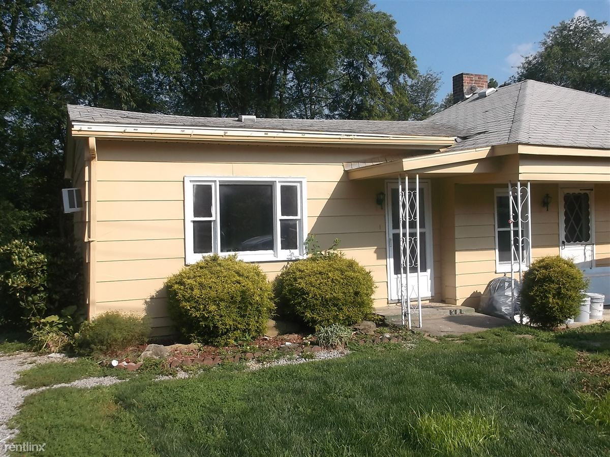 146 Park Ave, Weirton, WV - $595