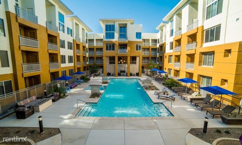 Biltmore off Camelback, Phoenix, AZ - $2,259