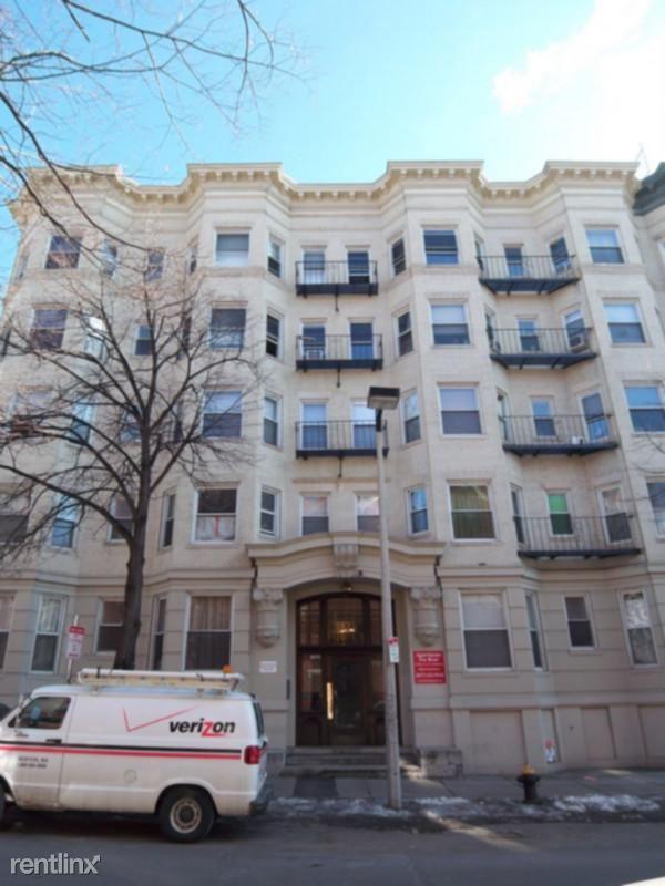 20 Hemenway St, Boston, MA - 1,750 USD/ month