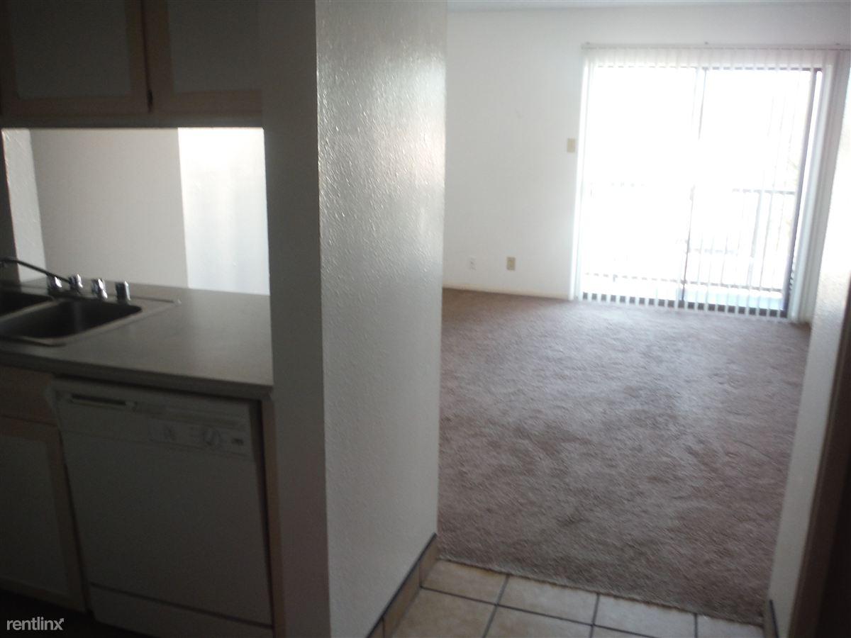 408 Maple St SE, Albuquerque, NM - $535