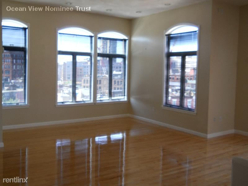 21 Snow Hill St Ph, Boston, MA - $7,500 USD/ month