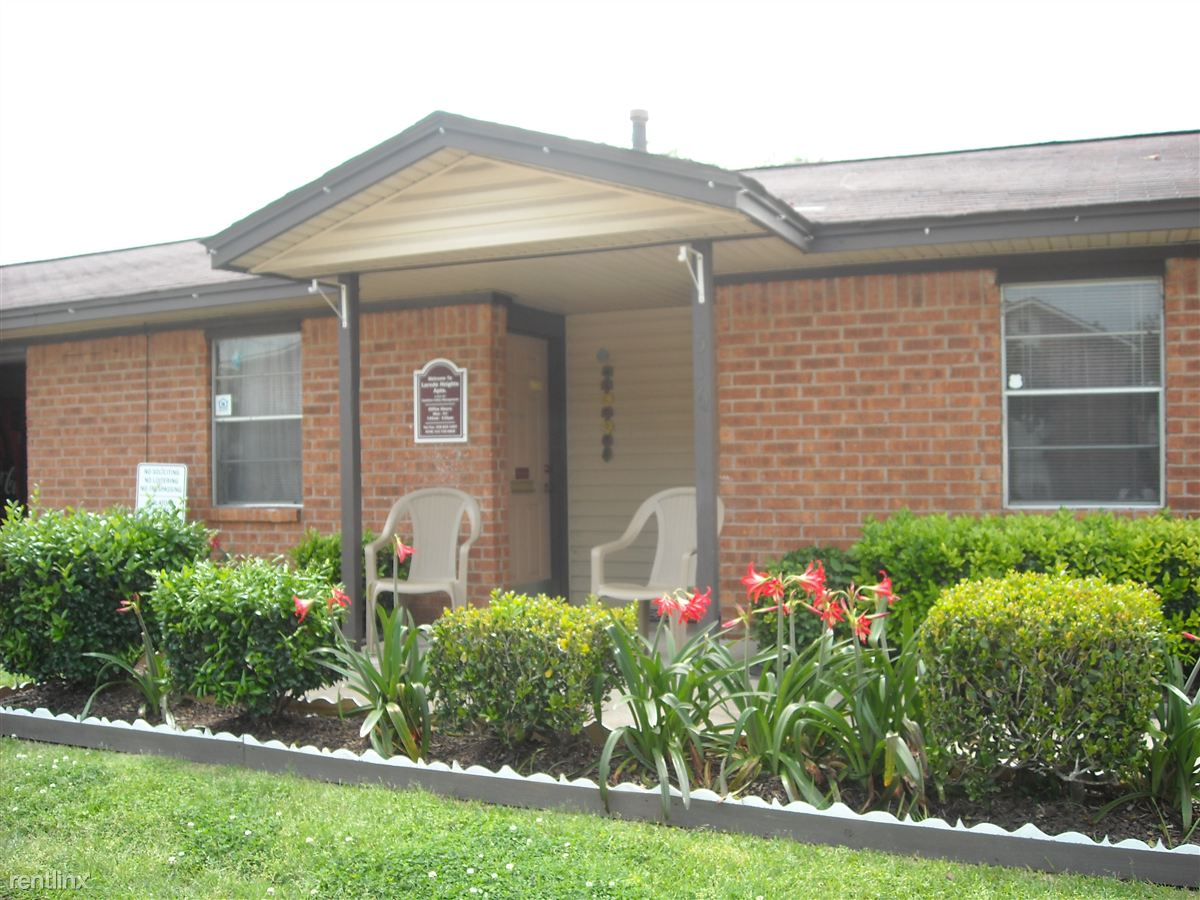 516 Laredo St, Navasota, TX - $527 USD/ month