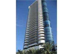 6301 Collins Ave - 3500USD / month