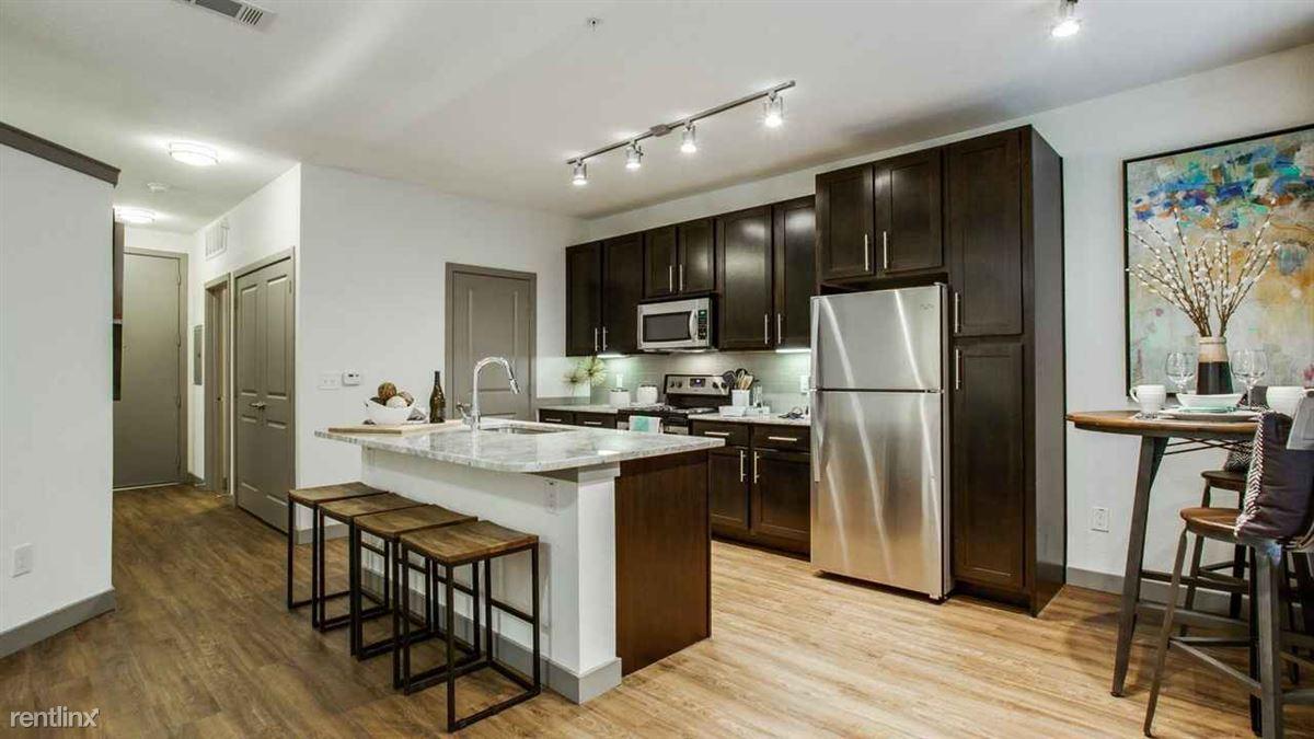 Lamar And Koenig Property ID 1100697 - 1180USD / month