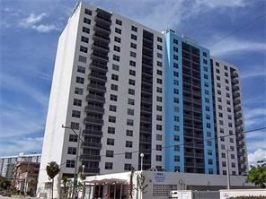 401 69th St - 1500USD / month