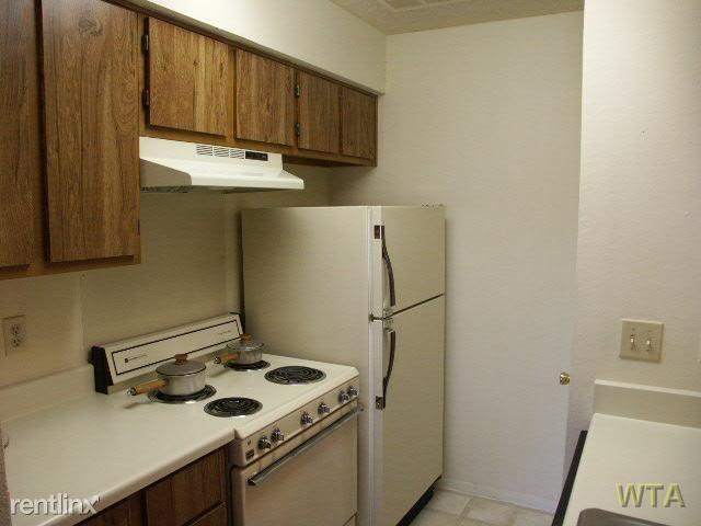 11511 Metric Blvd, Austin, TX - 825 USD/ month