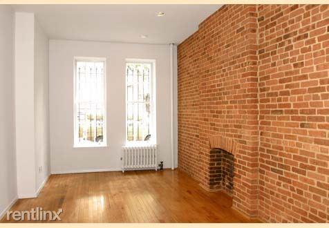 316 E 82nd St, New York, NY - $2,150