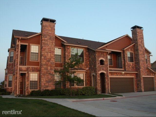 1440 Carrollton Pkwy, Carrollton, TX - $1,639