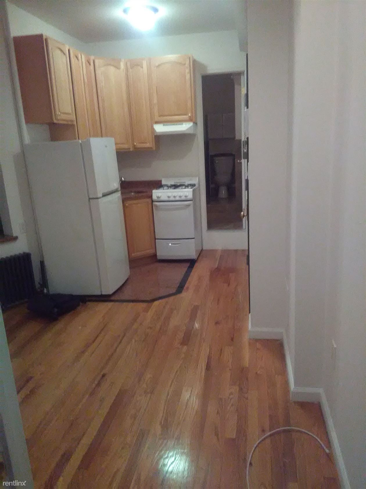 214 E 10th St, New York, NY - $2,450