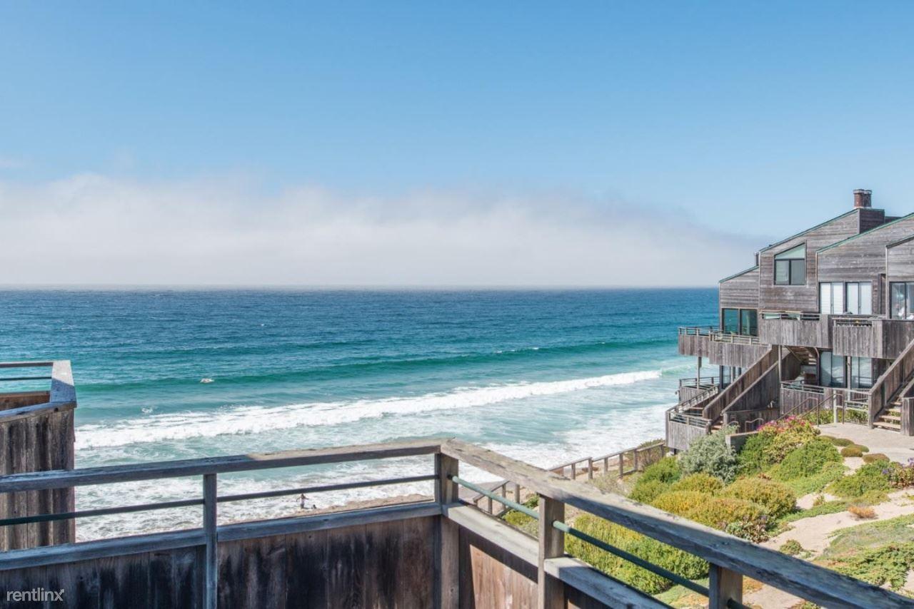 1 Surf Way Apt 223, Monterey, CA - $3,241