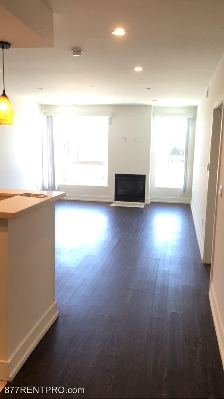 6222 Kester Ave, Van Nuys, CA - $2,495