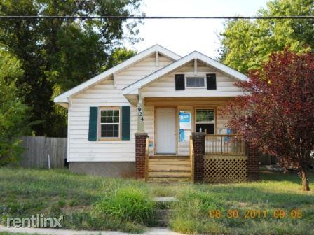 924 W Nichols St, Springfield, MO - $500