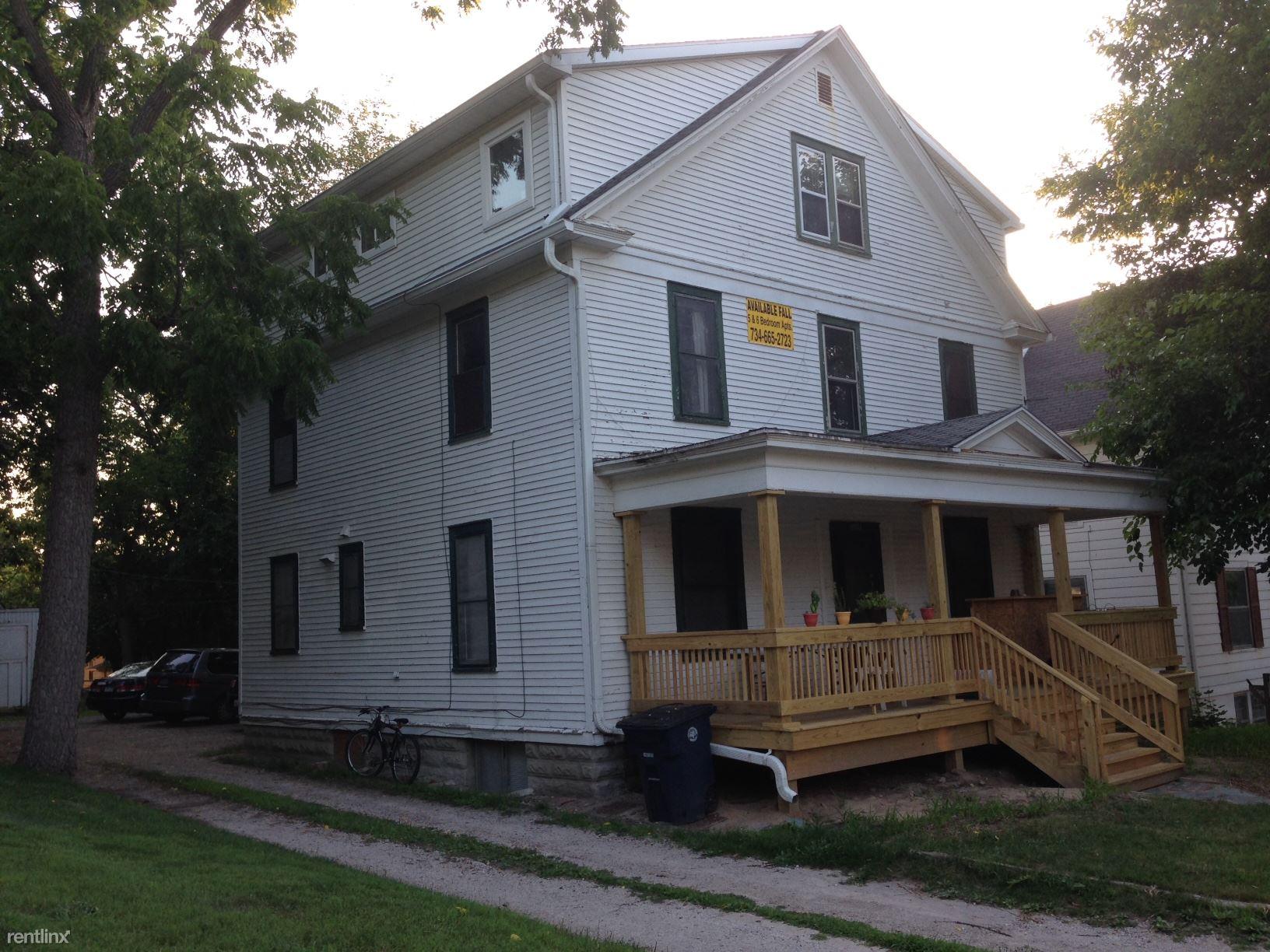 1114 Prospect St Apt 2, Ann Arbor, MI - $4,500