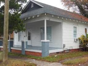 111 E 9th St, Greenville, NC - $700 USD/ month