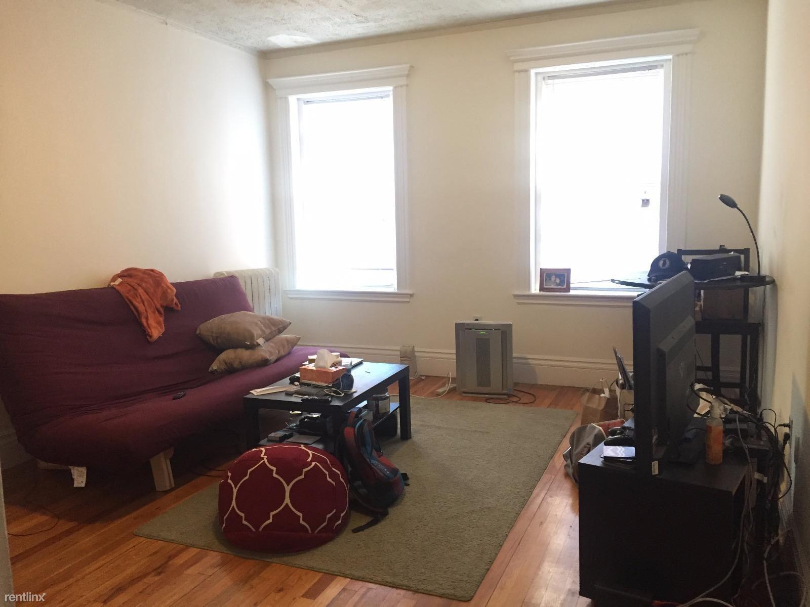 1298 Commonwealth Ave, Allston, MA - $1,650