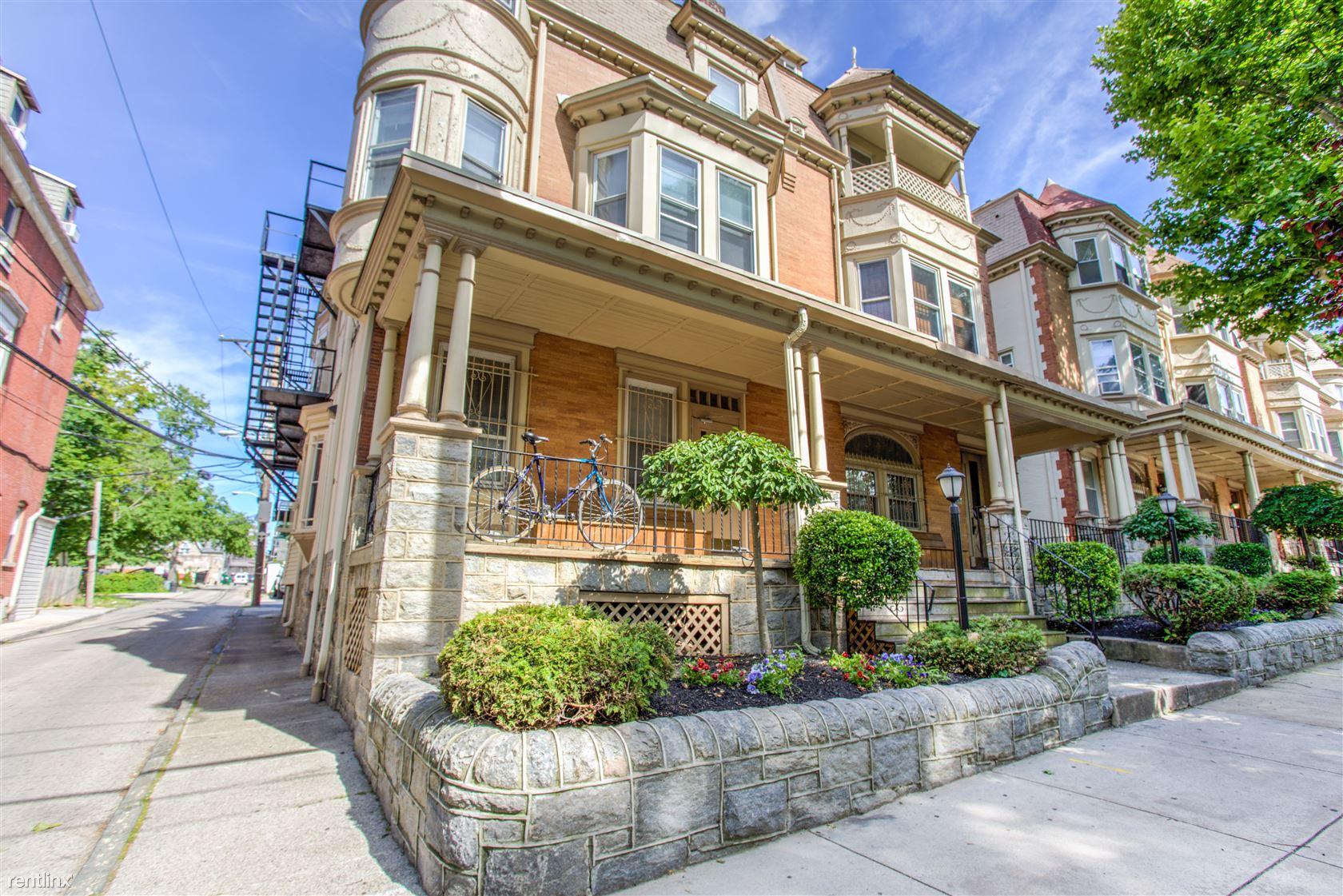 309 S 41st St, Philadelphia, PA - $2,800 USD/ month