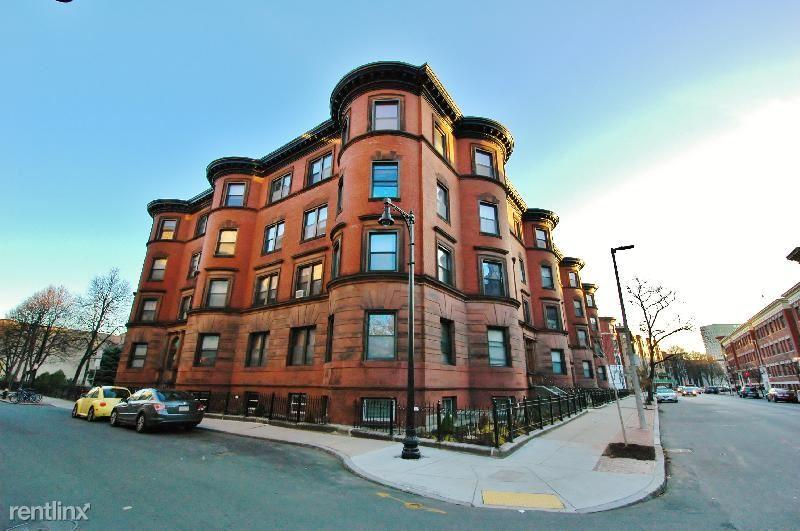 120 Hemenway St, Boston, MA - $6,700 USD/ month