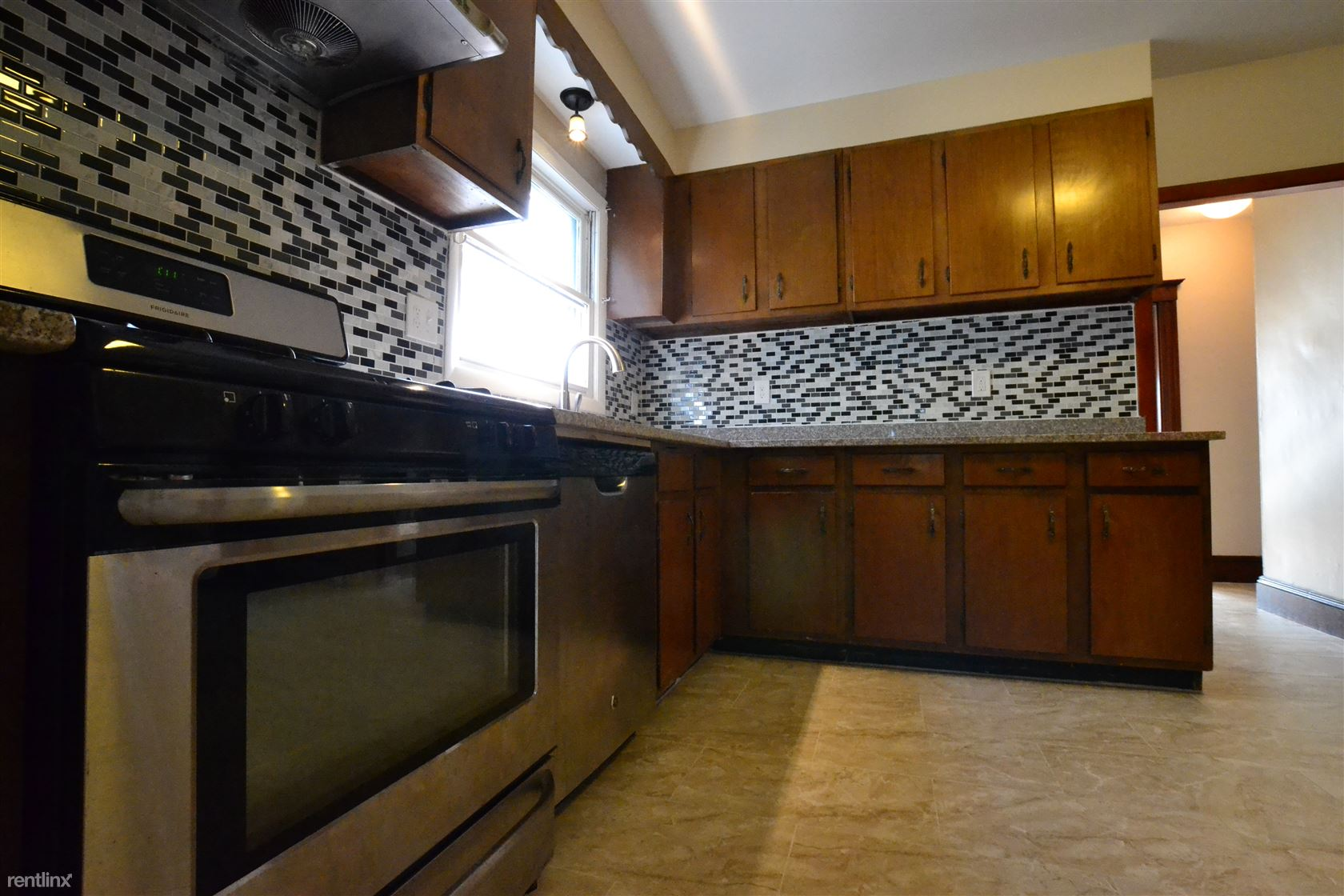151 Tremont St, Newton, MA - $3,400