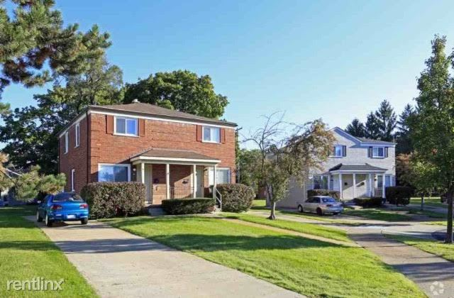Townhouse for Rent in Pontiac