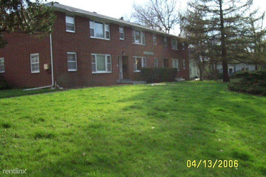 316 11th St, Ames, IA - $850 USD/ month