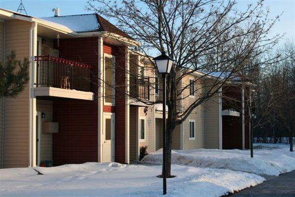 1708 Meridian St, Sault Sainte Marie, MI - $443