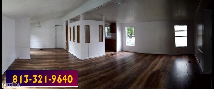 11612 Cantebury Dr, Seffner, FL - $825 USD/ month