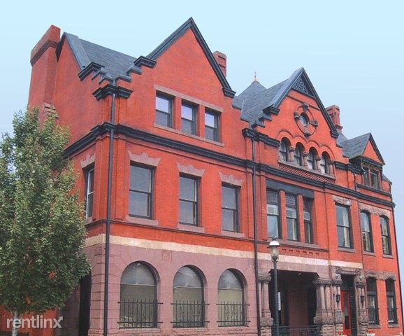 930 N Lincoln Ave, Pittsburgh, PA - 1,975 USD/ month