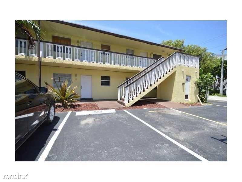 2741 NE 8th Ave, Wilton Manors, FL - $1,400