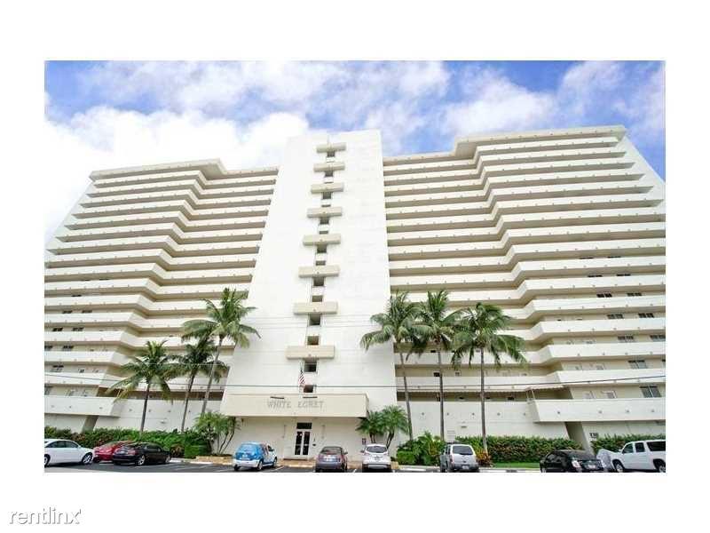 2200 NE 33rd Ave, Ft Lauderdale, FL - $2,500 USD/ month