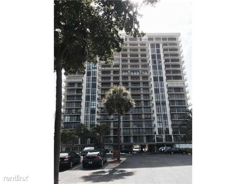 3031 N Ocean Blvd, Ft Lauderdale, FL - $2,400 USD/ month