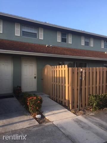 831 Cypress Way E, Palm Springs, FL - $1,475