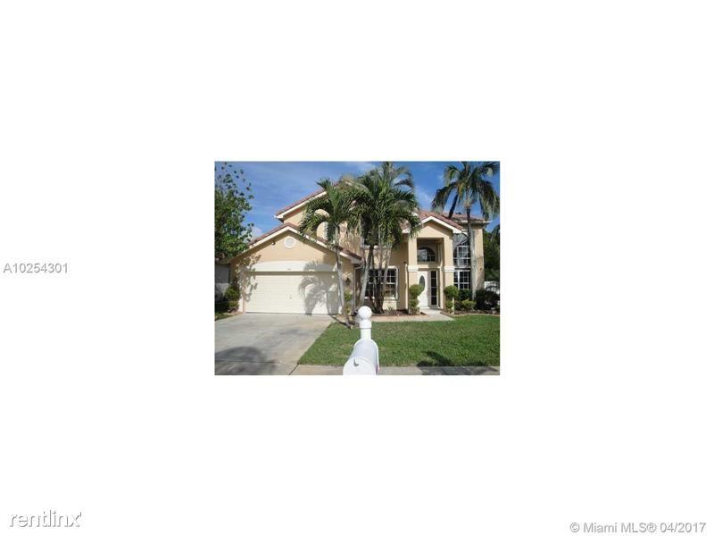 561 SW 178th Way, Pembroke Pines, FL - $3,290