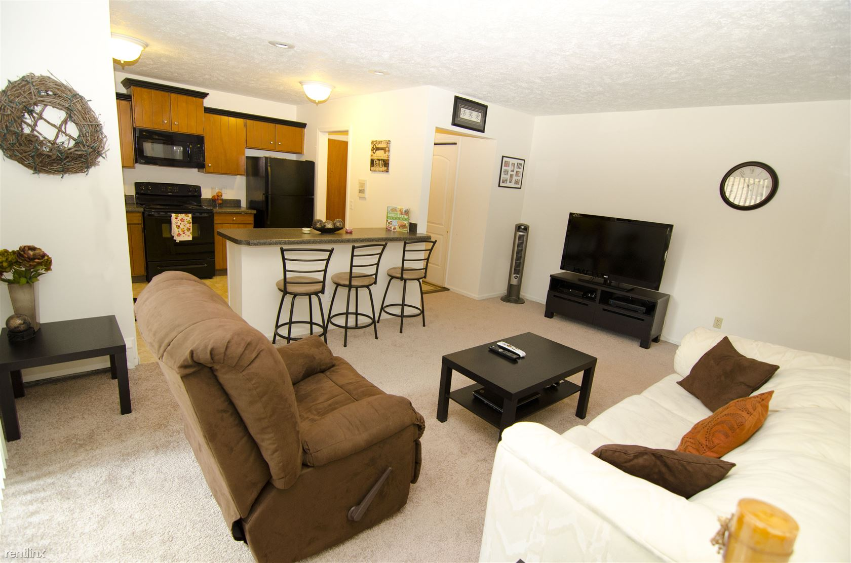 208 W Saginaw St, East Lansing, MI - $720