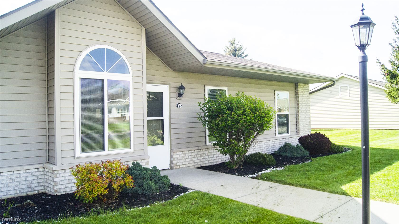 720 Westview Dr, Ossian, IN - 625 USD/ month