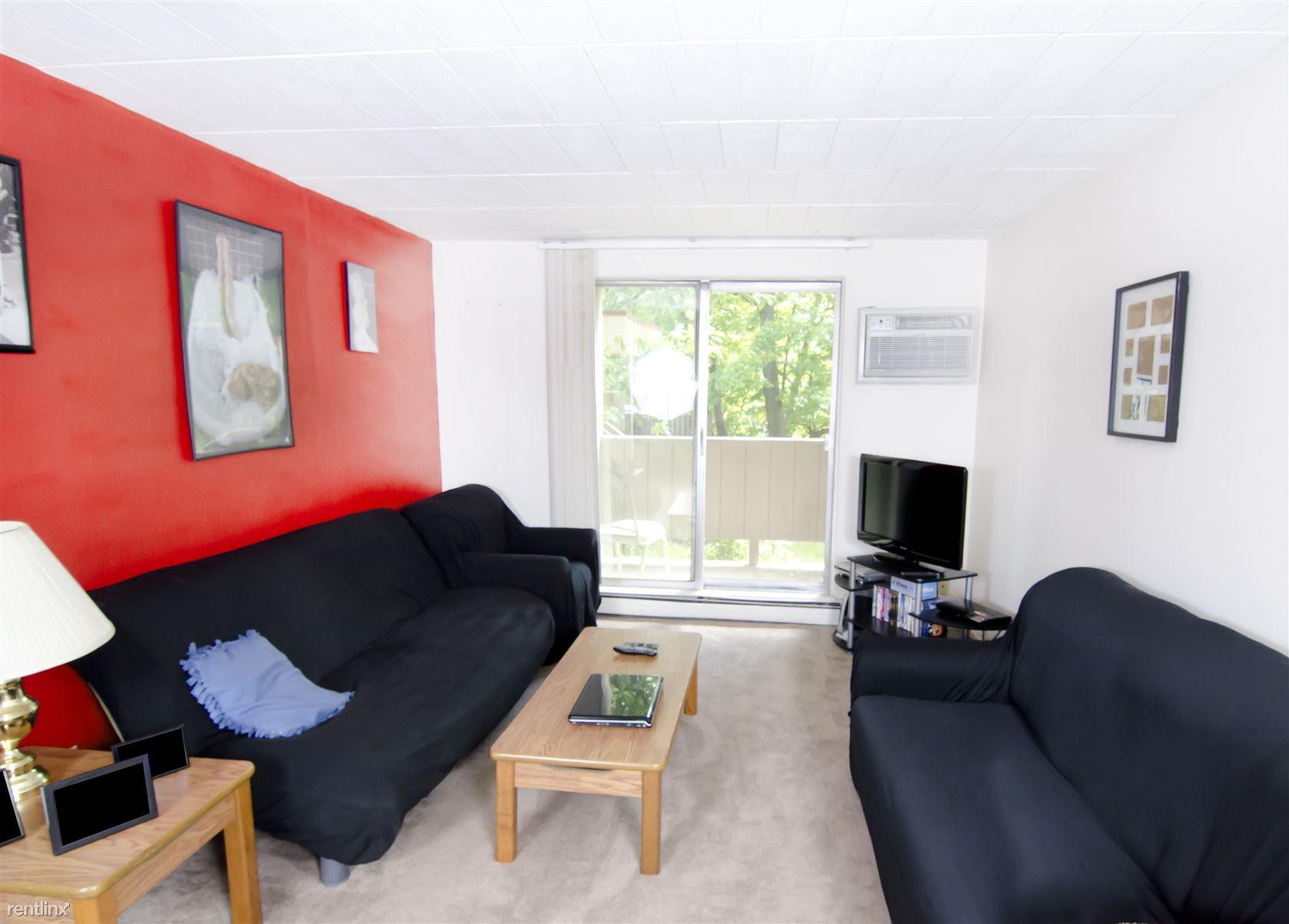 139 Woodmere Ave, East Lansing, MI - $380