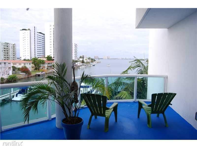 7918 Harbor Island Dr, North Bay Village, FL - $3,450 USD/ month