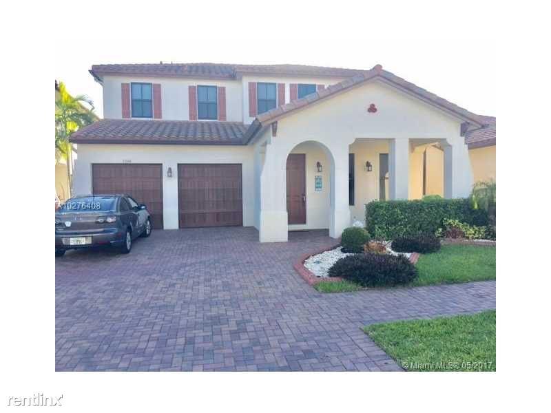 3240 NW 84th Way, Pembroke Pines, FL - $4,500
