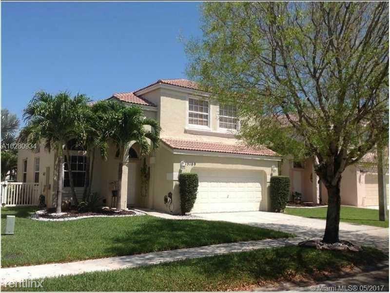 15169 NW 7th St, Pembroke Pines, FL - $2,850
