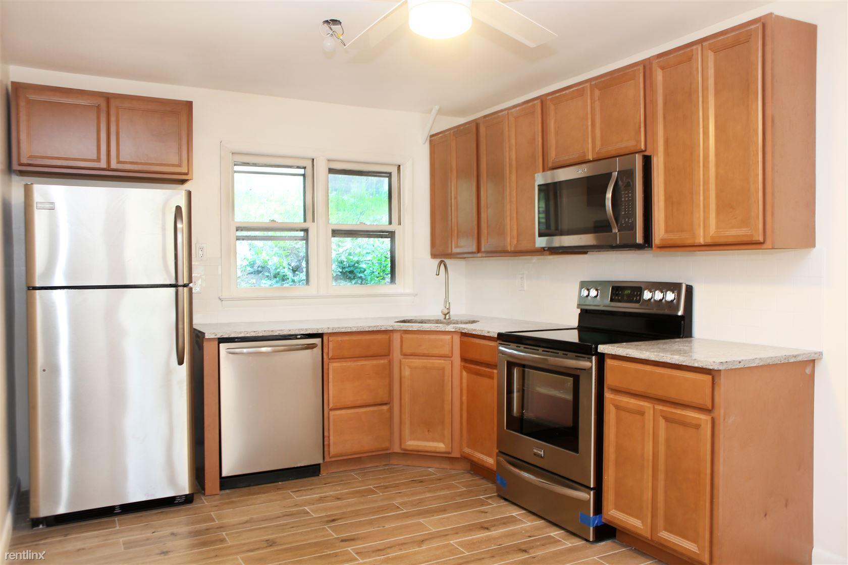 22 Mearns Ave, Highland Falls, NY - $1,650