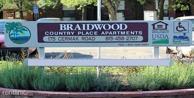 175 E Cermak Rd, Braidwood, IL - $560 USD/ month