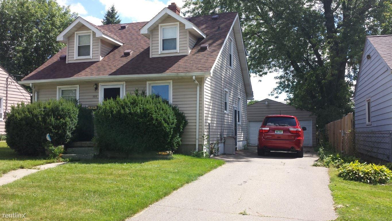 3909 Hogarth Ave, Flint, MI - $825