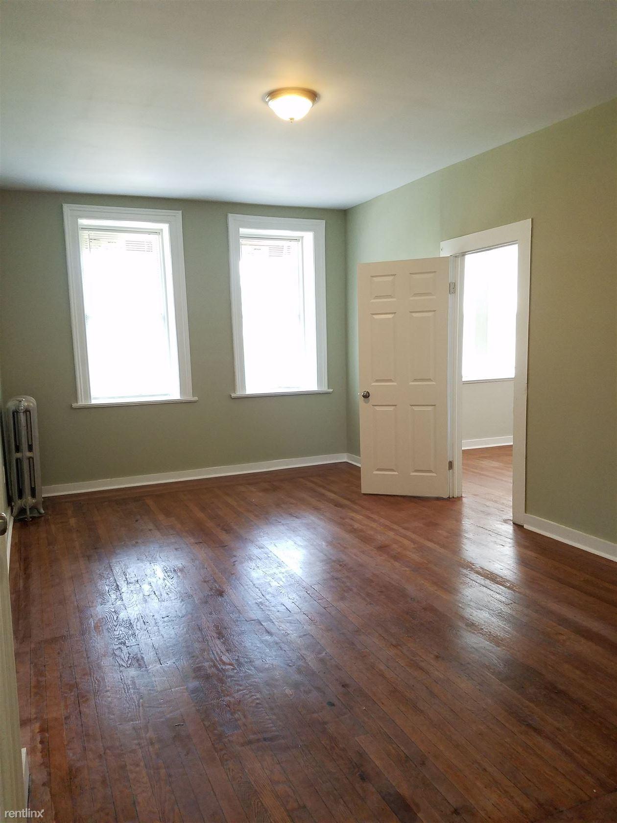 1523 Chapel St, New Haven, CT - $1,150