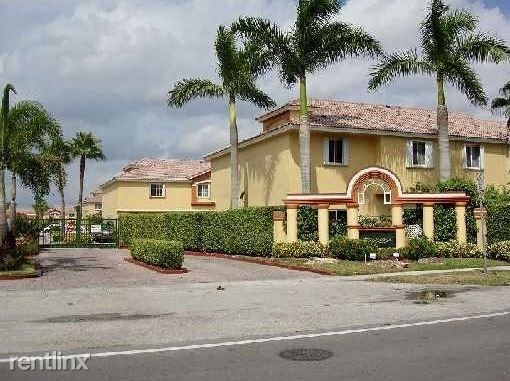 8220 NW 10th St Apt 8 - 2000USD / month