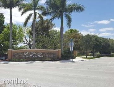 10242 NW 7th St Unit 105 - 2100USD / month