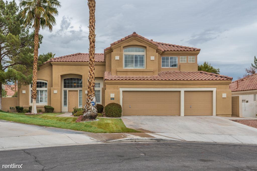 9424 Greenham cir, Las Vegas, NV - $2,800